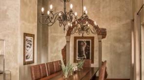Makgoro Lodge Dining Room